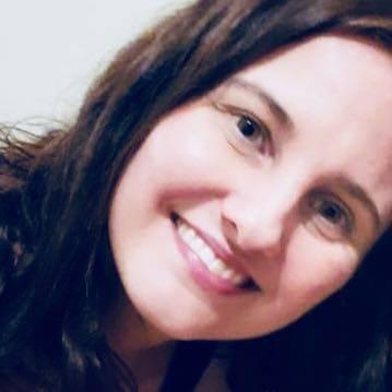 Catia Helena de Almeida Lima Massari